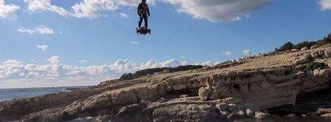 Extreme sport, Sky, Cliff, Rock, Jumping, Coasteering, Sea, Terrain, Flip (acrobatic), Recreation,