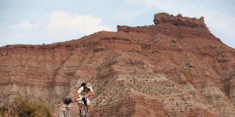Mountain biking, Bicycle, Mountain bike, Soil, Bicycle frame, Cycle sport, Terrain, Bicycle wheel, Cycling, Bicycle wheel rim,