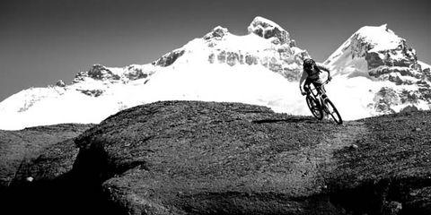 Mountainous landforms, Monochrome photography, Mountain range, Mountain, Rock, Monochrome, Black-and-white, Summit, Adventure, Geology,