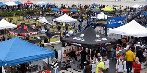 Tent, Public space, Canopy, Shade, Crowd, Market, Trade, Marketplace, Umbrella, Retail,
