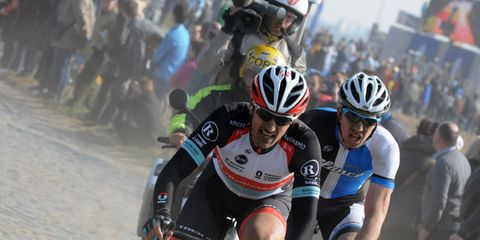Eyewear, Tire, Bicycle jersey, Helmet, Bicycles--Equipment and supplies, Bicycle helmet, Vision care, Sportswear, Bicycle racing, Personal protective equipment,