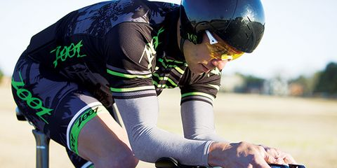 Eyewear, Bicycle handlebar, Sports uniform, Bicycles--Equipment and supplies, Bicycle jersey, Sportswear, Jersey, Shoe, Bicycle, Bicycle frame,