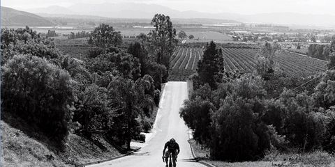Road, Infrastructure, Monochrome, Monochrome photography, Road cycling, Asphalt, Black-and-white, Thoroughfare, Bicycle, Lane,