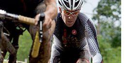 Clothing, Eyewear, Bicycles--Equipment and supplies, Bicycle frame, Bicycle wheel rim, Helmet, Bicycle jersey, Bicycle helmet, Bicycle, Sports equipment,