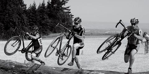 Tire, Wheel, Bicycle tire, Bicycle wheel, Bicycle frame, Bicycle wheel rim, Bicycle handlebar, Bicycle fork, Bicycle, Spoke,