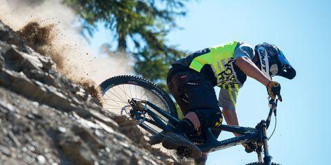 Tire, Wheel, Bicycle wheel, Bicycle tire, Bicycle frame, Mountain bike, Bicycle wheel rim, Spoke, Bicycle fork, Bicycle handlebar,