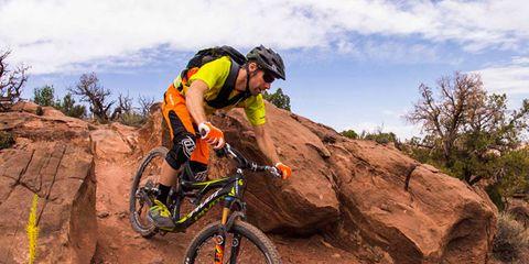 Tire, Bicycle wheel, Wheel, Bicycle frame, Mountain bike, Bicycles--Equipment and supplies, Bicycle fork, Helmet, Bicycle helmet, Bicycle,