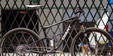 Bicycle tire, Wheel, Bicycle wheel rim, Spoke, Bicycle accessory, Rim, Bicycle part, Bicycle wheel, Bicycle, Bicycle drivetrain part,
