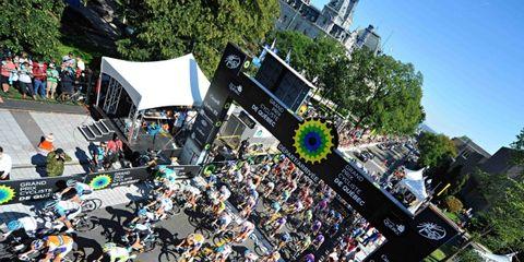 Crowd, Stage equipment, Stage, Music venue, Public event, Audience, Urban design, Concert, Fan, Musical ensemble,