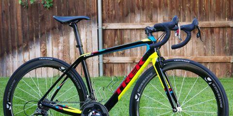 Bicycle frame, Bicycle tire, Tire, Bicycle wheel rim, Wheel, Bicycle fork, Bicycle handlebar, Bicycle wheel, Bicycles--Equipment and supplies, Bicycle part,
