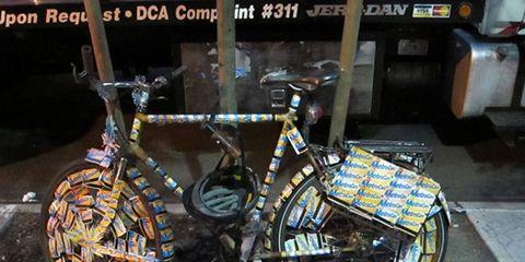 Bicycle tire, Bicycle frame, Bicycle wheel rim, Bicycle wheel, Bicycle fork, Bicycle accessory, Bicycle, Spoke, Crankset, Rim,