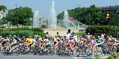 Tire, Bicycles--Equipment and supplies, Bicycle frame, Bicycle jersey, Bicycle handlebar, Bicycle helmet, Bicycle, Endurance sports, Recreation, Sports equipment,