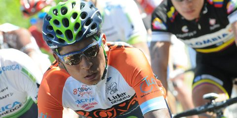 Eyewear, Bicycle jersey, Vision care, Bicycles--Equipment and supplies, Sports uniform, Sportswear, Bicycle helmet, Bicycle racing, Helmet, Personal protective equipment,