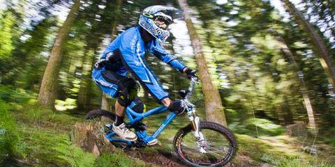 Clothing, Tire, Wheel, Bicycle frame, Helmet, Bicycle wheel, Mountain bike, Bicycle helmet, Downhill mountain biking, Mountain biking,