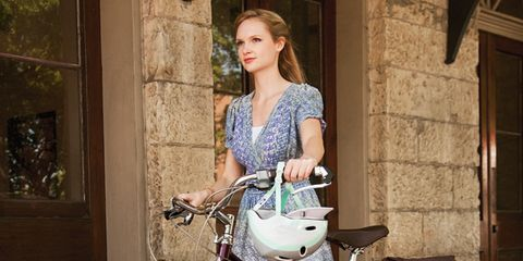 Bicycle tire, Tire, Bicycle frame, Wheel, Bicycle wheel rim, Bicycle wheel, Bicycle part, Bicycle fork, Bicycle handlebar, Bicycle,