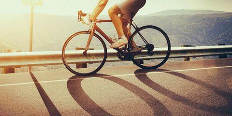 Bicycle tire, Bicycle wheel, Bicycle wheel rim, Bicycle frame, Human leg, Bicycle, Bicycle fork, Bicycles--Equipment and supplies, Bicycle part, Bicycle handlebar,