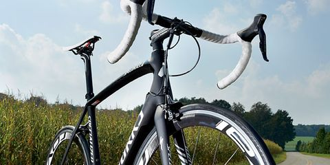 Bicycle tire, Bicycle frame, Wheel, Bicycle wheel rim, Bicycle wheel, Bicycle handlebar, Mode of transport, Bicycle part, Bicycles--Equipment and supplies, Bicycle fork,