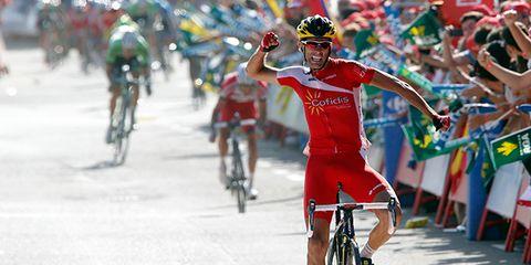 Wheel, Bicycle jersey, Bicycle frame, Bicycles--Equipment and supplies, Helmet, Bicycle wheel rim, Bicycle helmet, Bicycle wheel, Bicycle tire, Cyclo-cross bicycle,
