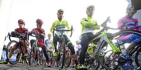 Tire, Wheel, Bicycle tire, Bicycles--Equipment and supplies, Bicycle helmet, Bicycle frame, Helmet, Bicycle jersey, Bicycle wheel, Sports equipment,