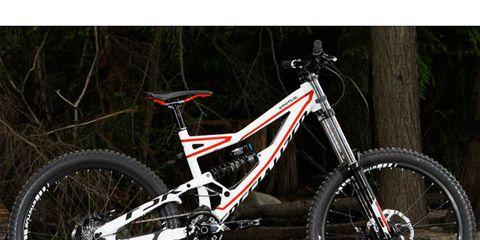 Bicycle frame, Bicycle tire, Bicycle wheel, Tire, Bicycle fork, Bicycle wheel rim, Wheel, Mountain bike, Bicycle part, Bicycle saddle,