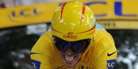 Clothing, Eyewear, Vision care, Bicycles--Equipment and supplies, Helmet, Yellow, Goggles, Sleeve, Bicycle jersey, Sportswear,
