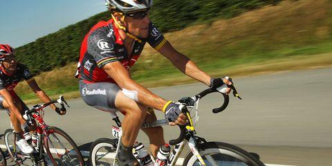 Clothing, Tire, Wheel, Bicycle wheel, Bicycle tire, Bicycle frame, Bicycle wheel rim, Bicycles--Equipment and supplies, Helmet, Bicycle handlebar,