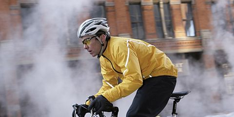Tire, Bicycle wheel, Wheel, Bicycle frame, Bicycle tire, Bicycle wheel rim, Bicycle handlebar, Helmet, Bicycle, Bicycle part,