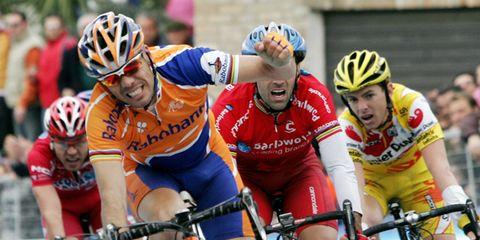 Clothing, Eyewear, Tire, Bicycle jersey, Wheel, Bicycles--Equipment and supplies, Bicycle helmet, Sports uniform, Helmet, Bicycle handlebar,