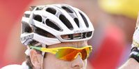 Clothing, Nose, Helmet, Sports uniform, Sportswear, Sports gear, Jersey, Personal protective equipment, Photograph, White,