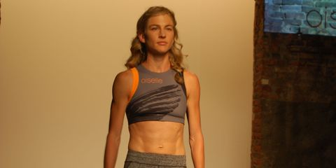 Human body, Shoulder, Waist, Joint, Standing, Chest, Elbow, Abdomen, Trunk, Stomach,