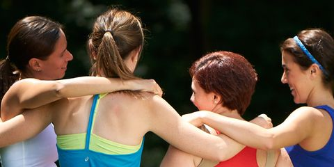 Hair, Shoulder, Performing arts, Interaction, People in nature, Sleeveless shirt, Youth, Hair accessory, Back, Friendship,
