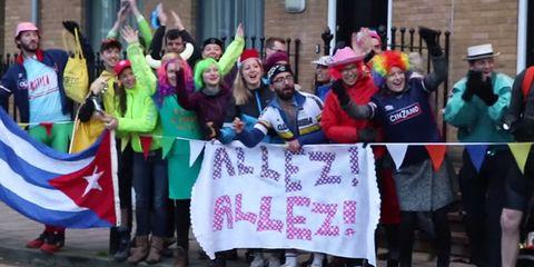 Fans Cheer Flashmob London Cyclist