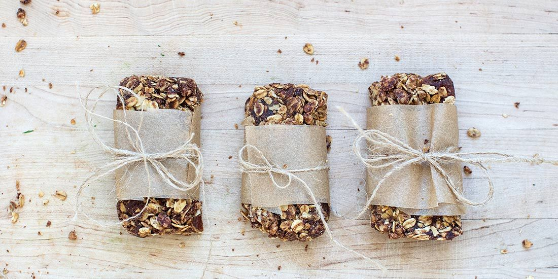 These DIY Granola Bars Are Junk-Free and 100% Delicious