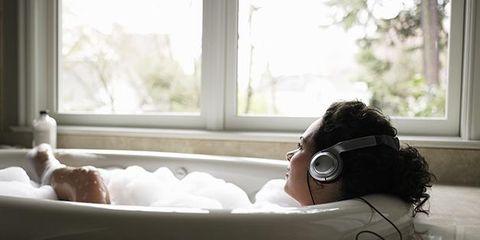 Daylighting, Fixture, Gadget, Audio accessory, Bathtub, Bottle, Communication Device, Headphones, Transparent material, Bathing,