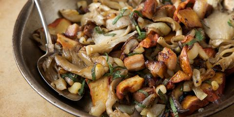 sauteed mushrooms & pork belly
