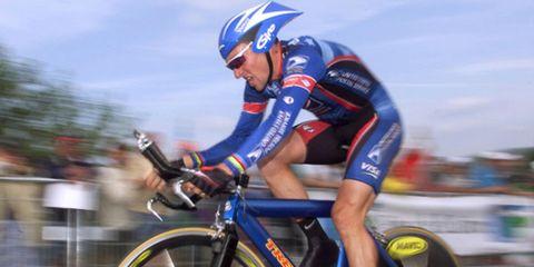 Eyewear, Bicycles--Equipment and supplies, Bicycle jersey, Helmet, Sportswear, Sports uniform, Trousers, Bicycle helmet, Bicycle, Recreation,
