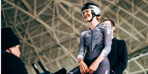 Sports uniform, Helmet, Glove, Personal protective equipment, Sportswear, Sports gear, Elbow, Jersey, Tights, Spandex,