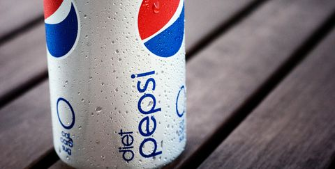 8 Things That Happen When You Finally Quit Drinking Diet Soda