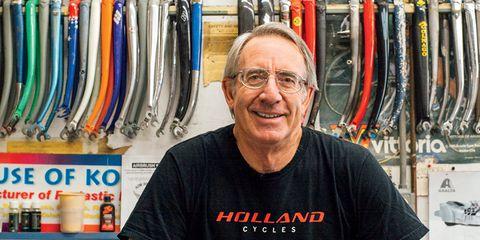 Joe Bell professoinal bicycle painter
