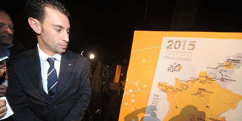 Defending champion Vincenzo Nibali is considered only the fourth-best favorite for the 2015 Tour de France, according to European sports books.