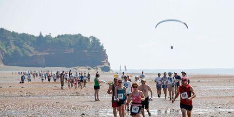 Natural environment, Fun, Recreation, Tourism, Endurance sports, Coastal and oceanic landforms, Outdoor recreation, Summer, Active shorts, Running,