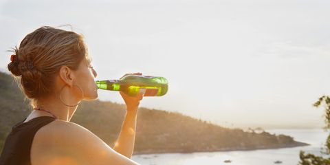 Drinking, and 5 other habits that derail your weight loss efforts