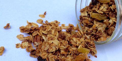 Ingredient, Food, Oat, Dried fruit, Nuts & seeds, Breakfast, Food grain, Cereal, Walnut, Rolled oats,