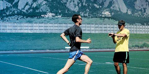 Footwear, Athletic shoe, Shoe, Sport venue, Human leg, Active shorts, Playing sports, Shorts, Sports, Player,