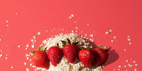 Sweetness, Food, Natural foods, Fruit, Produce, Liquid, Strawberry, Strawberries, Frutti di bosco, Accessory fruit,