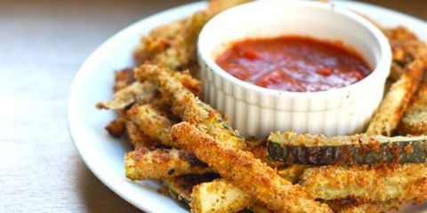 Food, Fried food, Dish, Sauces, Finger food, Condiment, Ingredient, Recipe, Cooking, Dishware,