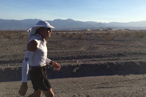 70-Year-Old Becomes Oldest to Complete 292-Mile Badwater Double