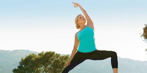 Human leg, Human body, Shoulder, Elbow, Standing, Joint, Exercise, Active pants, Wrist, yoga pant,