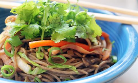 How to Make Healthy Lo Mein
