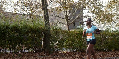 Road, Endurance sports, Asphalt, Human leg, Running, Athletic shoe, Long-distance running, Racing, Individual sports, Athlete,